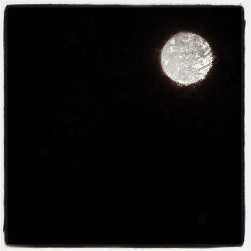 Super Moon - iPhone Only! Night IPhoneography Sky Moon Fullmoon 2012 Astronomy Super Lunar Supermoon 5may2012 Closest Iphone_only May5