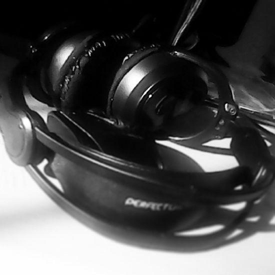 Boring Music IsMyLife <3 Follome andfollowback