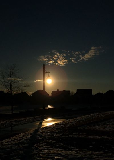 Better Look Twice Streetlights Day Or Night ?? Night Lights Night Or Day Time Sun Sunshine Sunset_collection