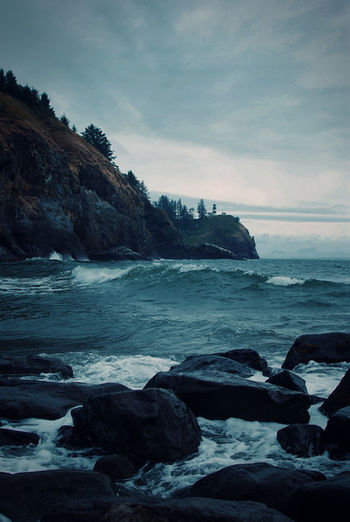 Hanging Out Sea Waves Ocean Lighthouse Rocky Shore Coastline EyeEm Gallery The Week Of Eyeem Light And Shadow Hello World Landscape Washington State Discovery Bay Storm Clouds And Sky