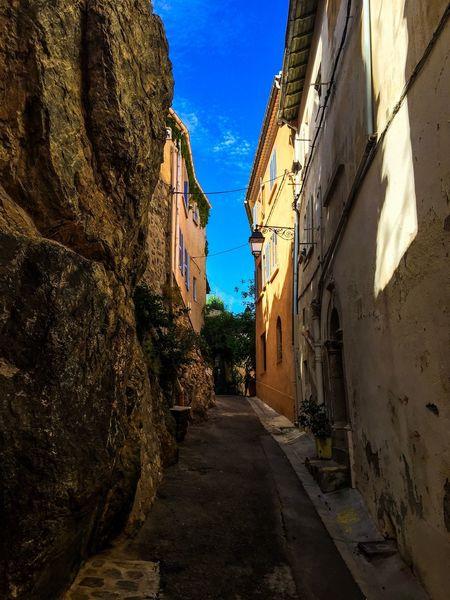 Vive La France France Streetphotography Côte D'Azur Provence Alpes Cote D´Azur Hyères Architecture Building Exterior The Way Forward Built Structure Sky Day No People