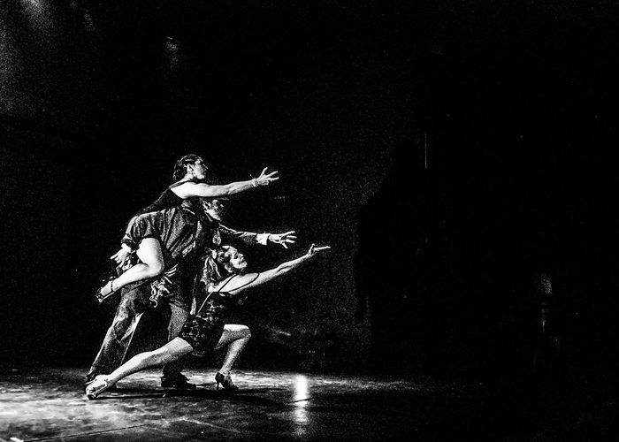 People Dancer Ballet Dancer Performing Arts Event Ballet Dancing Beauty Women Tango Argentine Tango Artistic Photography Black And White Foto Creativa Artistic Photo Blanco Y Negro Foto Artistica Women Around The World