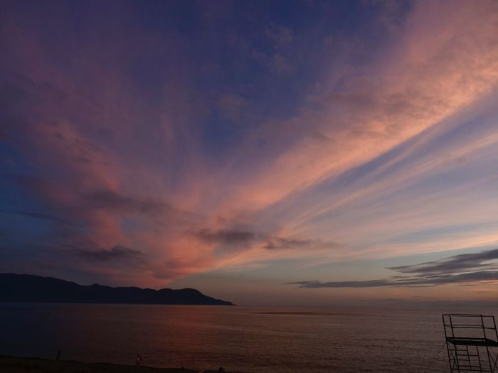 Today's beautiful sunset. No Edit/no Filter Scenics Simple Quiet Love Blue Japan Shizuoka M.ZUIKO DIGITAL Lumix G9 Orange Color Sea Sky The Great Outdoors - 2018 EyeEm Awards Tranquil Scene Tranquility Beauty In Nature Nature Outdoors Dramatic Sky Water Sunset Cloud - Sky Beach