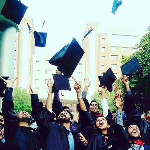 Bye bye seniors!! Convocation Amity College Seniors