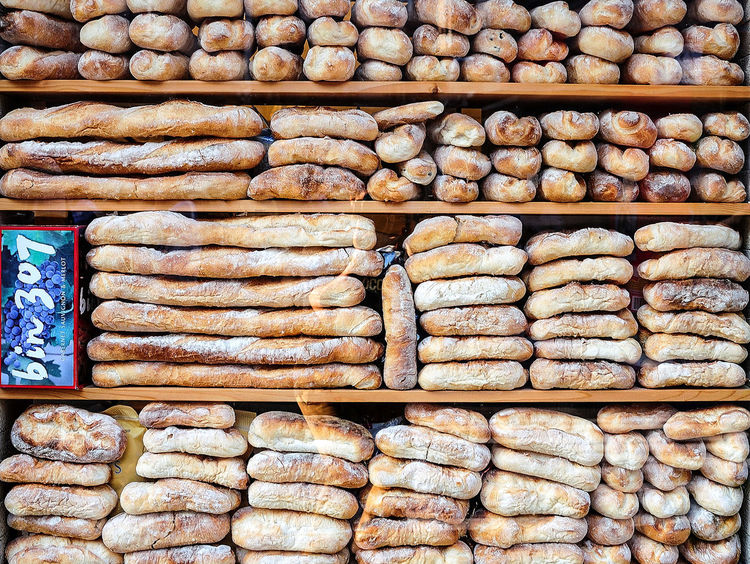 Eat Eat And Eat Eat And Smile :) Fluent Breads Lively Food Foodporn Food Porn Food Photography Live Love Shop Bread Fine Art Photography Break The Mold EyeEmNewHere