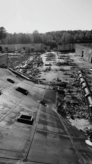 The abandoned chemical plant!!! Taking Photos Abandoned Factory Photography Enjoying Life Great Outdoors Friends Abandoned Places Enjoying The Sights Chemical Plant