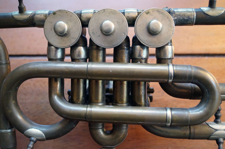 Tenorhorn - Detail Brass Brass Instrument  Brass Instruments Close-up Day Detail Details Music Brings Us Together Music Is My Life Musical Instrument No People Still Still Life Taking Photos Taking Pictures Tenorhorn Timepaint72
