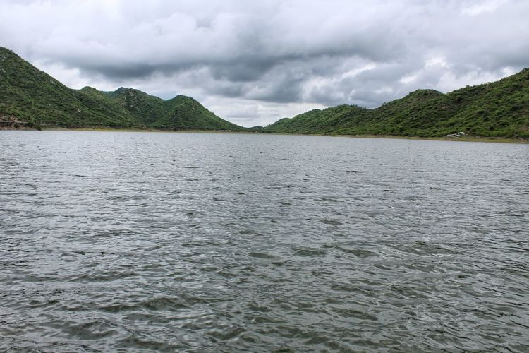 Green mountain badi lake Landscape Dramatic Sky Cloud - Sky Beauty In Nature Scenics Nature Outdoors No People Storm Cloud Rural Scene Mountain Day Sky Tree Tranquility Monsoon Palace, Udaipur, Rajasthan Rajasthan Rajasthandiaries Weather Udaipur Canonphotography Udaipur. India Udaipur_dairies Beauty In Nature Dramatic Sky