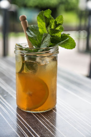 Close-up Cocktail Drinking Glass Freshness Ice Cube Ice Tea Lemon Refreshment Summer Summer Drink