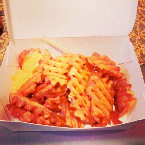 Oh god what is LIFE w/o Criss Cross Fries (: Mmmmmmmdaaaap Fingerlickinggood