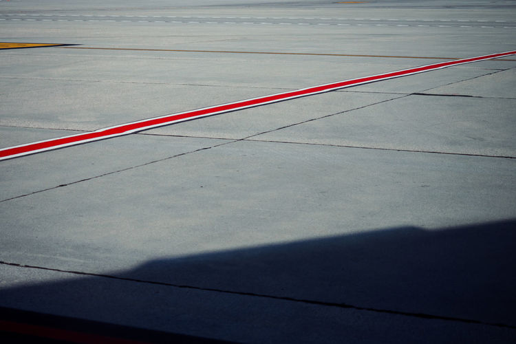leading line Leading Lines Red The Week On EyeEm Airport Runway Day Minimal Minimalism No People Outdoors Red Threedaysvenice