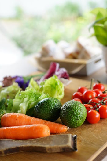 Stay healthy :) Food And Drink Food Vegetable Healthy Eating Freshness Wellbeing Fruit Table Tomato No People Focus On Foreground Wood - Material Still Life Indoors  Cutting Board Close-up Root Vegetable Carrot Selective Focus Avocados