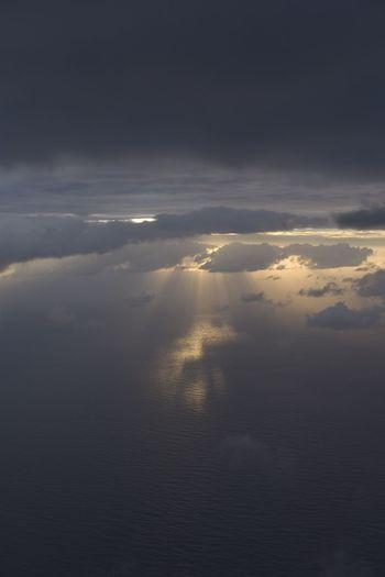 約束 Sky And Clouds Sea Sea And Sky Nature Beauty In Nature Scenics Tranquility Cloud - Sky Tranquil Scene Sky Idyllic Heaven Sunset Outdoors No People Sun Day