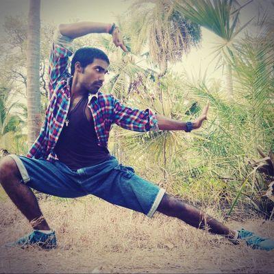 Karate Martialarts Stance Kungfu  Selfdefence Robinraj MrRobPhotography Mrrob Jamporebeach Forest Karatepose Block Bande hum uske he, hum pe kiska jor, umidein ke suraj, nikle charon or, irade he foladi, himat-e har kadam, apne hathon kismat likhne, aa chlen he hum..
