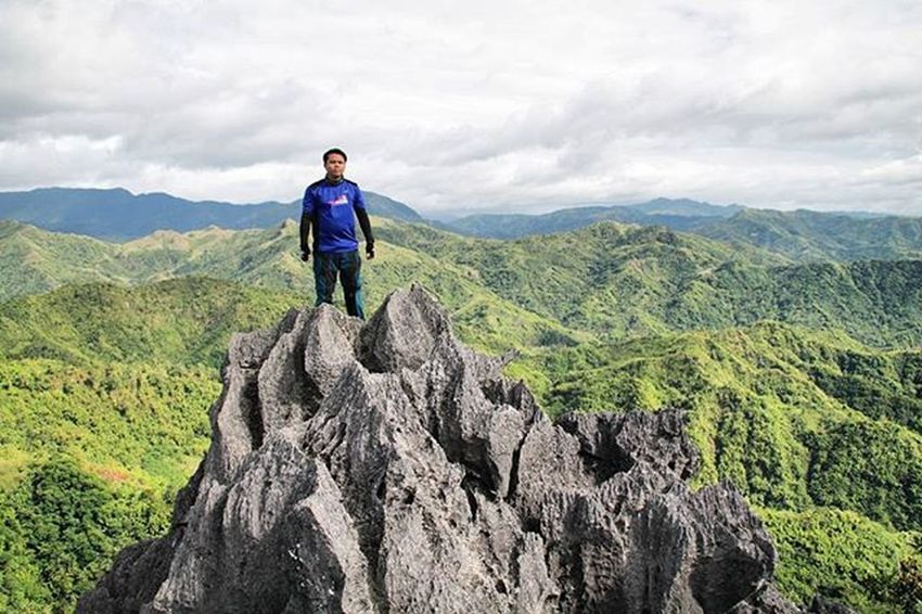 Summit Phmountains Naturephotography Piñas  Trek Mountains Adventure Nature Hiking Atthetop Peak Itsmorefuninthephilippines