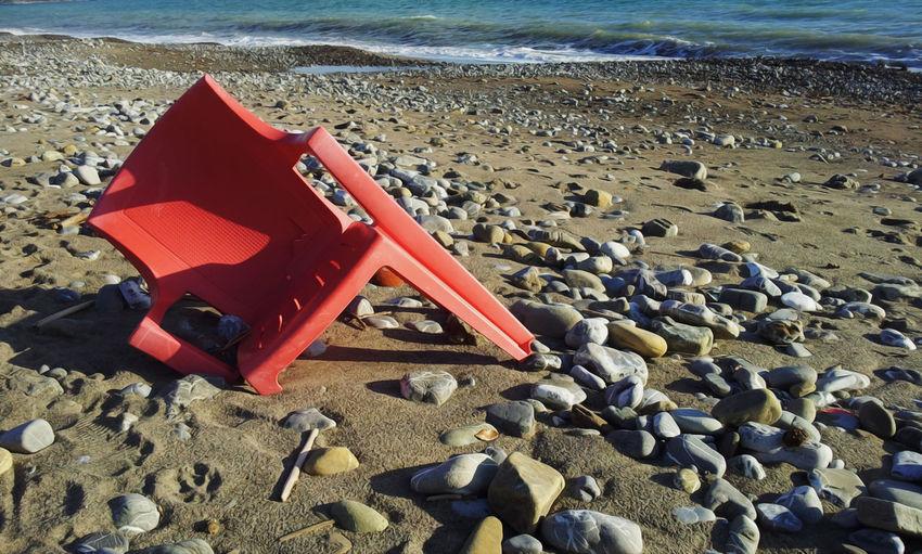 #EyeEmEsterlinda Beach Chair Gravel Italy Nature No People Non-urban Scene Old Outdoors Red Sand Sea The Week Of Eye Em The Week Of Eyeem EyeEmNewHere