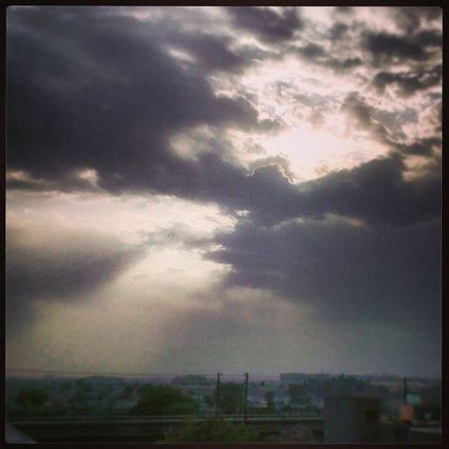 Newdelhi Indian India Clouds Instalovers Igers Indiansummer DelhiSummer Nature Naturelover Vscocam Vsco_delhi Picoftheday Instaedit Sky Summers Sunset