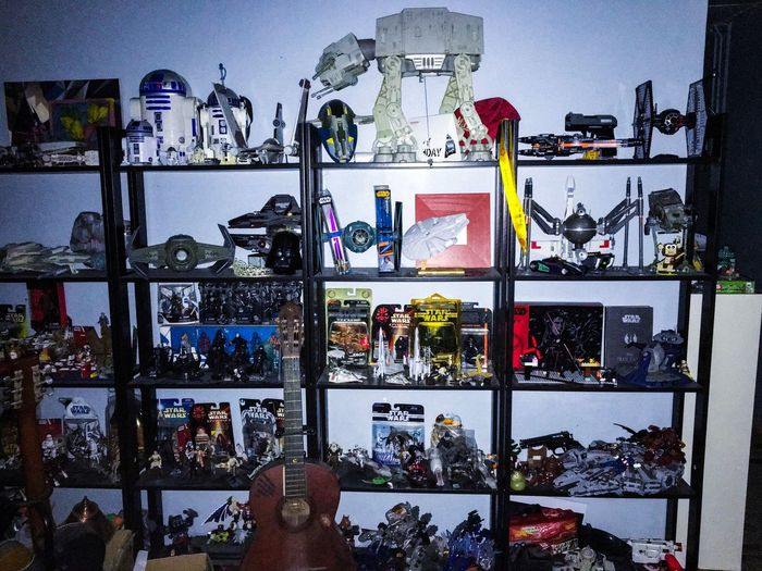 collecting toys not only for kids if that what makes you happy just go for it. people can say , people can talk but they dont know the story of yourself. remember always believe in yourself no matter what. dont give a damn about others. its your life and you should know better #aybartpes #collectors #starwars #mayforcebewithyou #toys #happylife #mybrotherscollection #family #myedit #lightroom #stilllearning #myartcollection #mycaption #myart #myself #believeinmyself #confidentwoman