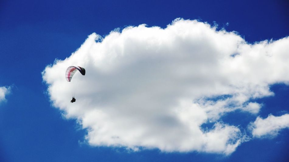Getting High Cloud - Sky Sky Extreme Sports Paragliding Paraglider Paragliders Paragliding Fun Live For The Story The Great Outdoors - 2017 EyeEm Awards Clouds And Sky Cloud Clouds Cloudporn Wolken Wolkenhimmel Single Object Single Sky And Clouds Skyporn Sky_collection Sky Collection Skylovers Sky Only Sky Porn Sky_ Collection