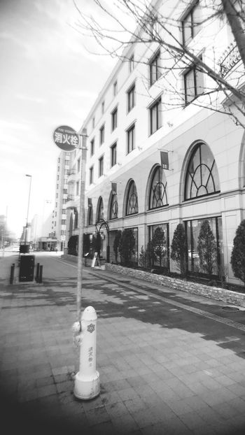Black And White Sapporo Hokkaido EyeEmNewHere Building Exterior Built Structure Architecture City Building Street