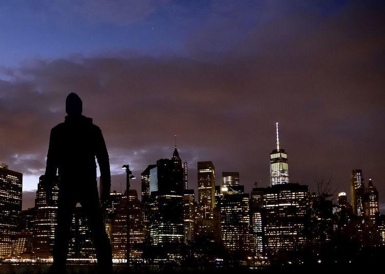 New York Criminals Silhouette Night Skyline