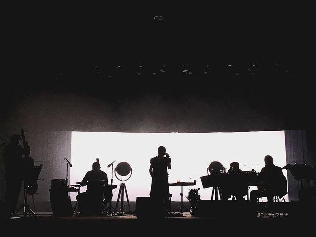 Natalia Lafourcade | Silhouette Performance Group Performing Arts Event Microphone Musician Music LiveMusic Natalialafourcade Lafourcade Musas Puebla Teatro Principal Musicos Música En Vivo Concert Concierto