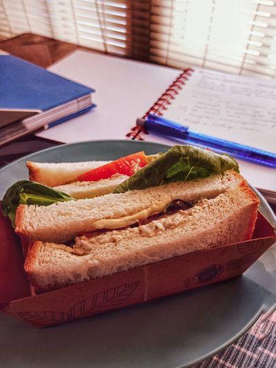 sandwich Foodporn Food Foodphotography Food Porn Sandwich Sandwiches Sandwich Time Sandwichphoto Sandwichporn Sandwich To Go Sandwiched Sandwiches For Breakfast Breakfast BreakfastTime  Breaktime