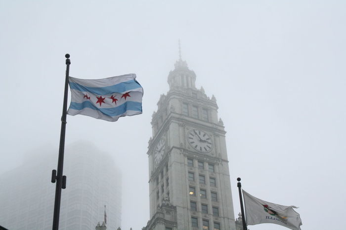 Chicago Chicago Architecture Wrigley Building Architecture Flag Flag In The Wind Flags Focus On Foreground Fog No People Outdoors
