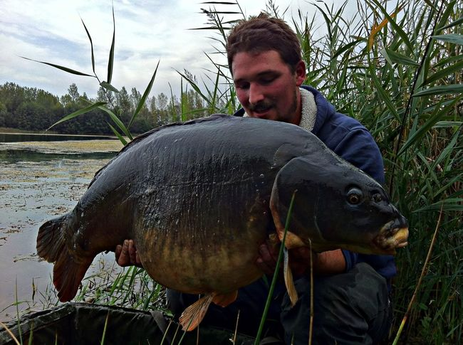 Thomas Vanhuysse with 'The Steg' from Kingfisher at a weight of 50lb 2oz