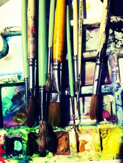 Brush Watercolor Day No People Close-up Palet From Painterstudent Indoors  Water Best Friends Mobile Photography Makeing Fine Art Photography Mobilephotography Can Make The Diference AUDINARY By This Photo... Explain Bunkers  A Simple Story