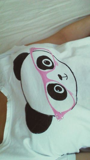 Sleepy panda Taking Photos Hello World Relaxing That's Me Hi! Photo Sleepy Pijamas Pijama <3 Pijamatime Cute Cutepic Cutepictures PANDA ♡♡ Panda Bear Pandas♥ Cutepanda Bed Lying In Bed