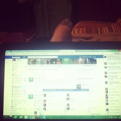 Facebukeando ... Laptop como te xtrañaba Igersperu Instagramperu Tec