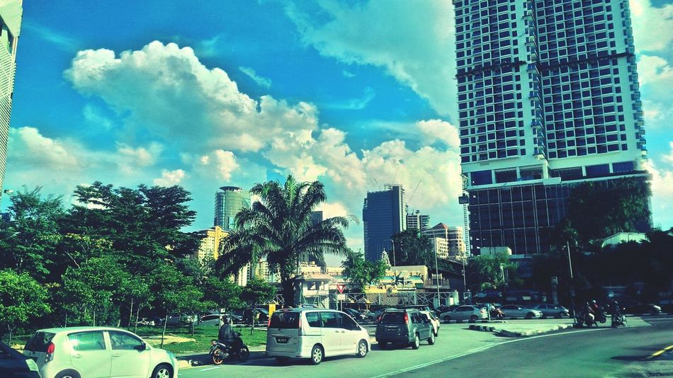 Busy Street Busy Day Busy City Busyday Streetphotography Street Car Cars Sky Majestic Nature Serounding Sunlight Malaysia Majestic Busy Streets Building Buildings Buildings & Sky Building And Sky Miles Away The City Light