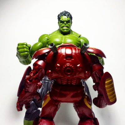 """Oh, crap...."" Marvel Marvellegends Marvelcomics Ironman Tonystark Avengers Hulk Thehulk IncredibleHulk Hulkbuster Veronica Disney Toys Toyphotography Toypizza Toysarehellasick Toycollector Toycommunity Toycollection"
