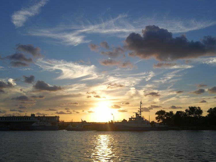 City Water Sailing Ship Urban Skyline Cityscape Nautical Vessel Sea Sunset Sailboat View Into Land