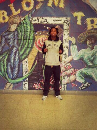 PHOTOSHOOT IN SCHOOL CHILLIN