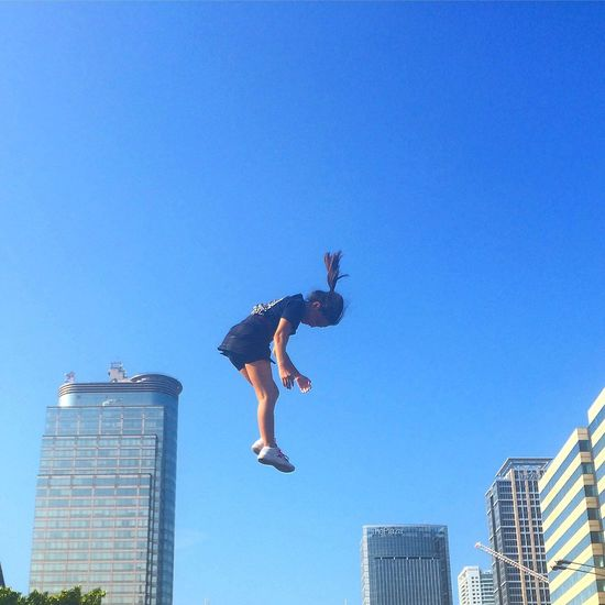 Photography In Motion Levitation Levitating Fly Flying Posessed Jump Jumping