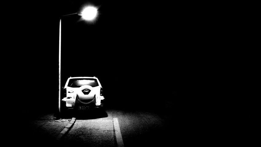 路 灯 路灯下