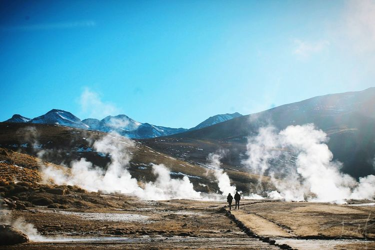 Memories... (Geisers del Tatio, II región de Antofagasta - Chile) Nature Altiplano Chile Sanpedrodeatacama EyEmselect EyeEm Best Shots EyeEm Nature Lover EyeEm Best Shots - Nature EyeEm Selects Naturephotography Geiser El Tatio Vapor Travelpics Couple Love Memories Moments Sky