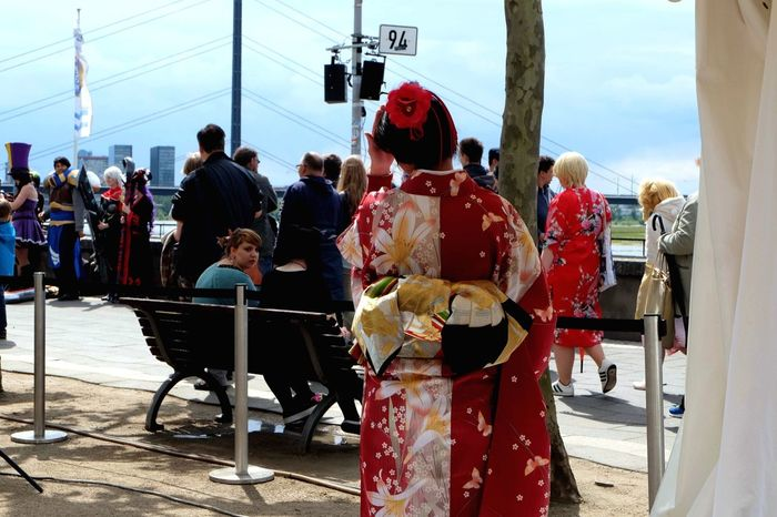 Japan meets the world Kimono Japanese Culture People Watching Streetphotography Japantag Düsseldorf Japantag