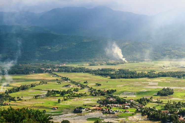 The valley... Betterlandscapes Nature Landscape Outdoors Wonderfulindonesia Photography Lost In The Landscape