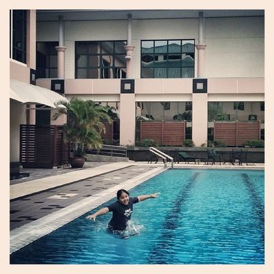 Jumping out Swimtime Weekend Move Brunei