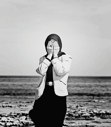 Hidden ©Hiba Shalabi هبة_شلابي تصويري  Hibashalabi ArtInMyLife Art_imagine Artphotography Art_feeling Photography Blackandwhite Portrait Black_white PortraitPhotography B_wphotos Portrait Of A Woman Photographerhibo Beach Sea Sky Outdoor Hints Fineart Sensitive Women Who Inspire You Hide Hidden The Portraitist - 2017 EyeEm Awards