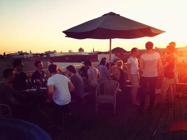 Dribbble meetup on the Rooftop at Sunset Wohnglück