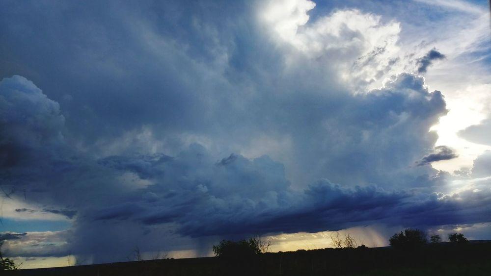 Cloud - Sky Storm Cloud Sky Thunderstorm Nature Cloudscape Dramatic Sky Outdoors Storm No People Landscape Extreme Weather Day Brazil Ceará-Brasil Sky And Clouds Dramatic Sky Nature Cloudscape Céus E Nuvens Céu Rainy Day Raining Tranquility Blue EyeEmNewHere