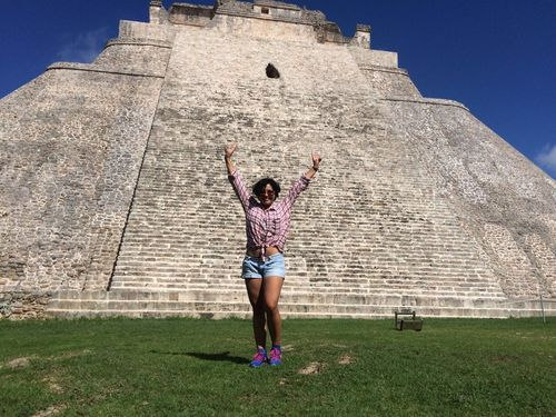 Live ✌🏼️... Hello World Ruins Uxmal Relaxing Photography Beautiful Nature Myself People Green Blue Blue Sky Arquitecture