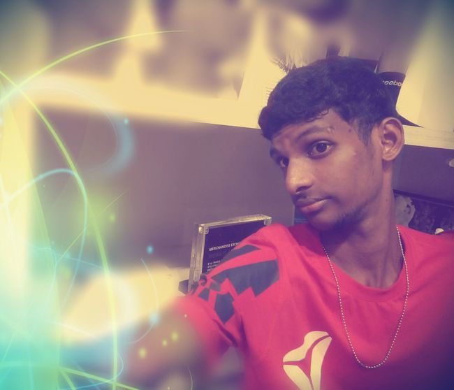 I'm nt Special ... I'm limited Edition... Selfie ✌ First Eyeem Photo Looking Awesome Making A Difference Hairstyle That's Me Say Cheese!