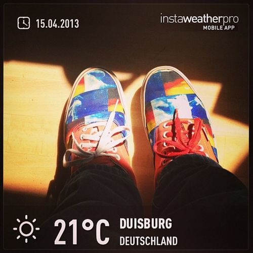 You now it is spring when i'm wearing my Specialvans Weather Instaweather Instaweatherpro sky outdoors nature instagood photooftheday instamood picoftheday instadaily photo instacool instapic picture pic @instaweatherpro place earth world duisburg deutschland day spring rain skypainters de