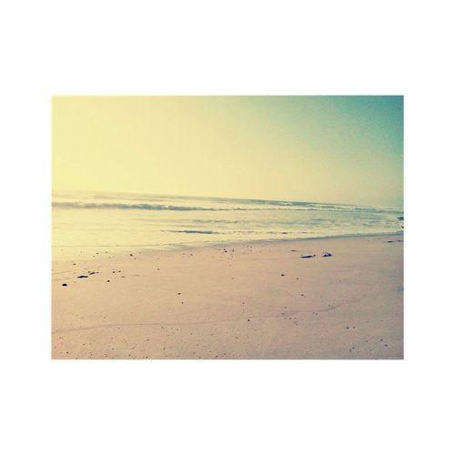 """"""" Eu te quero só pra mim como as ondas são do mar , não dá pra viver assim , queres sem puder te tocar """" First Eyeem Photo"""