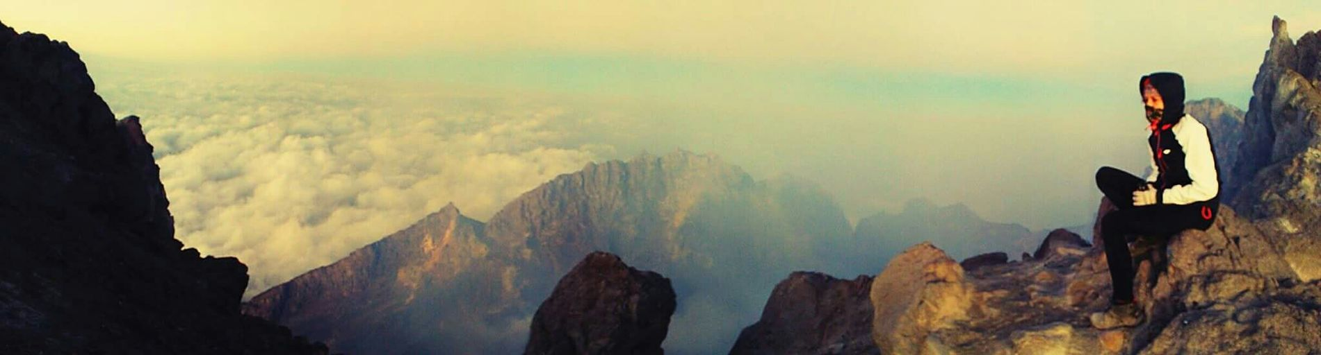 THE SUMMIT Merapi Volcano 2968sml Landscape EyeEm Indonesia Volcano Crater Polskagirl Bestfriend Odważna Polska Warsaw Indonesia_photography Yogyakarta, Indonesia Hello World Get Lost Climbing